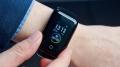Представлены первые в мире умные часы со встроенными наушниками
