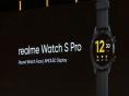 Realme представила умные часы с большим AMOLED-экраном
